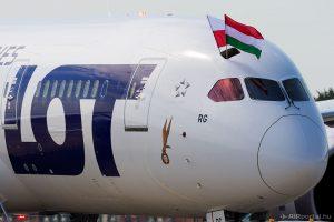 A lengyel légitársaság egyik Boeing 787-ese Budapesten (Fotó: AIRportal.hu)