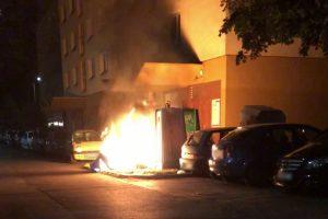 Huladékgyűjtőket gyújtottak fel Dunaújvárosban