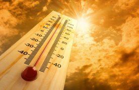 Napsütéses, meleg idővel ér véget a július